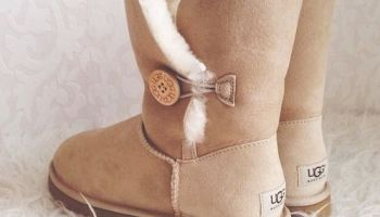 e3927fdc96d64 Omg I want these!!! Women s Chestnut Bailey Bow Tall Back View. Can ...