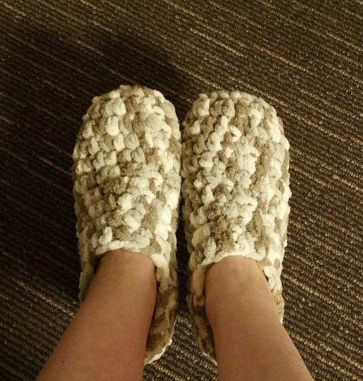 Easy Crochet Pattern For Bernat Baby Blanket Yarn Slippers Pattern