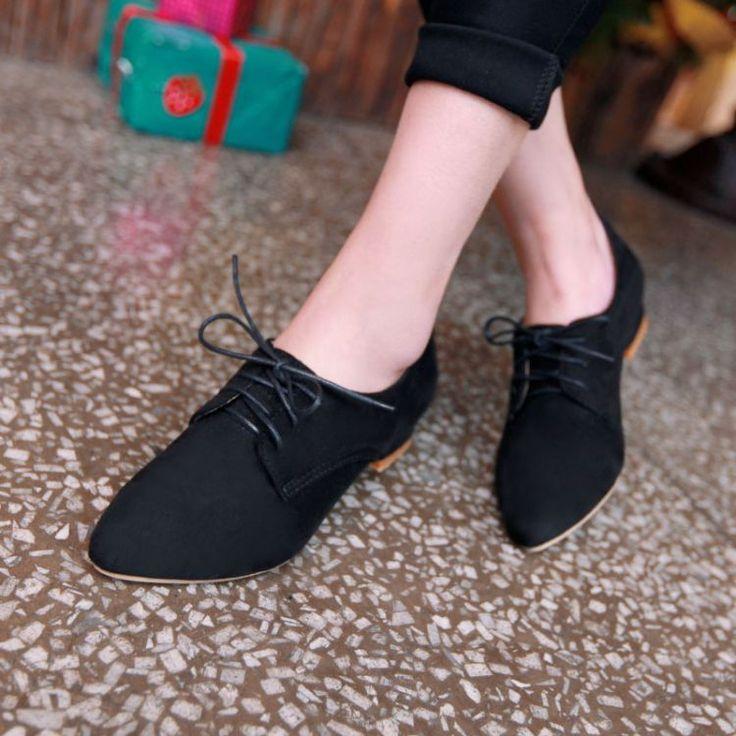 Aliexpress.com  Comprar Nuevo 2014 Oxford para mujer zapatos con cordones  de belleza venta al por mayor mujeres zapatos para la señora zapatos planos  de ... 9c66f4cdda84